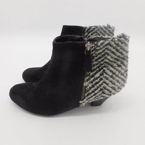Comfortview Faux Suede and Fabric Zip Bootie 8 WW